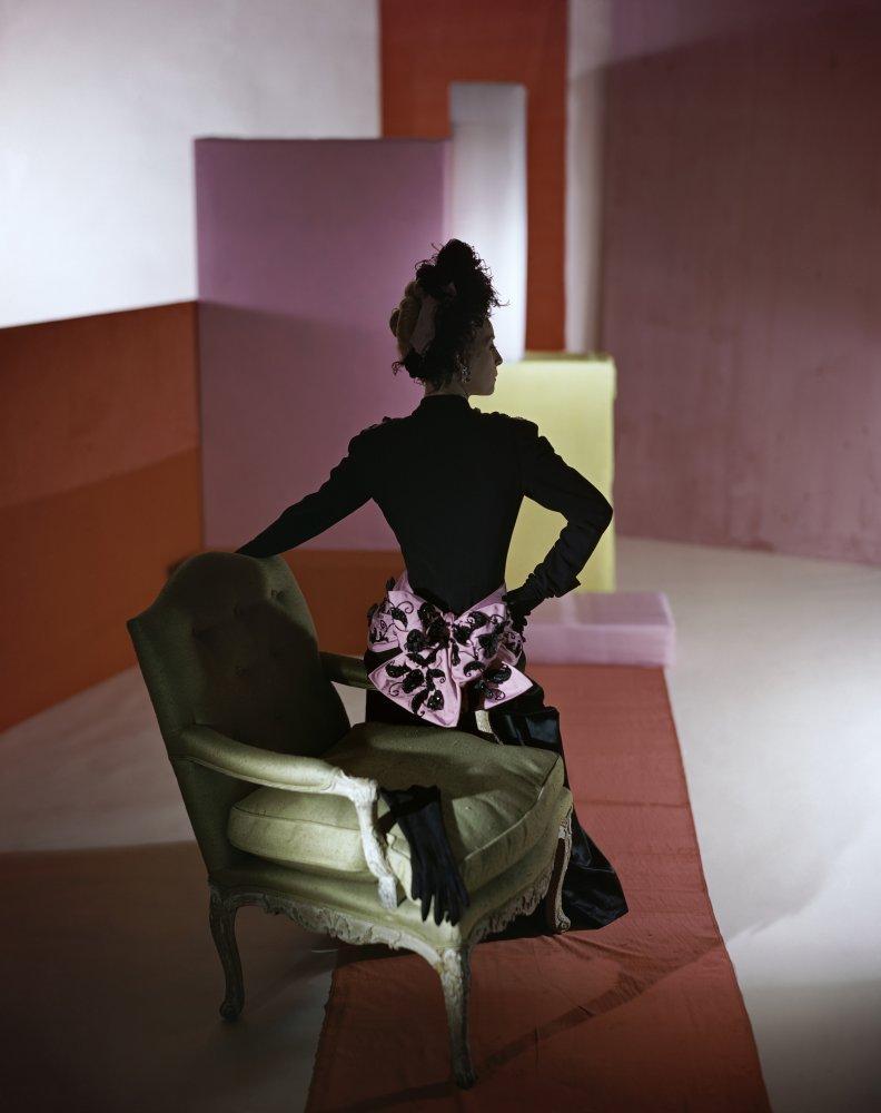 11_Dinner_suit_and_headdress_by_Schiaparelli_1947_Copyright_Conde_Nast_Horst_Estate